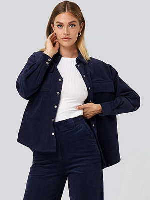 Skjortor - NA-KD Classic Corduroy Overshirt blå