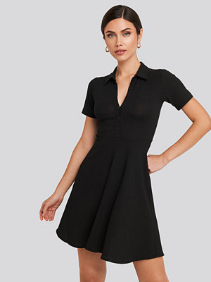 Trendyol Buttoned Detailed Shirt Dress svart