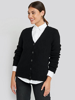 NA-KD Knitted Hairy Cardigan svart