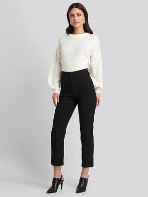 NA-KD svarta byxor Seam Detail Straight Pants svart