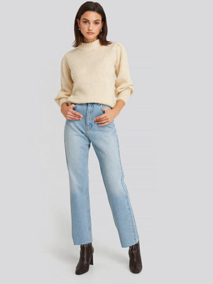 NA-KD High Waist Raw Hem Straight Jeans blå