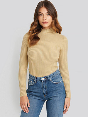 Sisters Point Leni Turtleneck Sweater beige