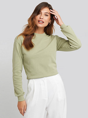 NA-KD Basic Basic Sweater grön