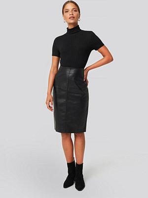 Mango Pencil Skirt svart