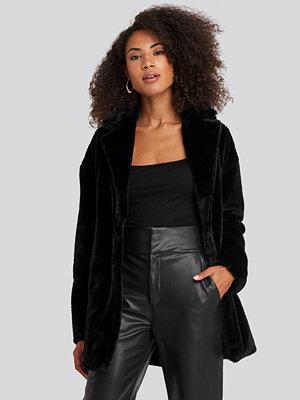 Rut & Circle Tyra Faux Fur Jacket svart