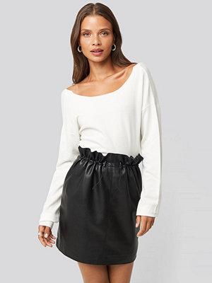 NA-KD Trend Drawstring Pu Skirt svart