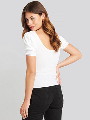 NA-KD Deep Back Puff Sleeve Top vit