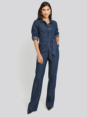 Jumpsuits & playsuits - AFJ x NA-KD Denim Jumpsuit blå