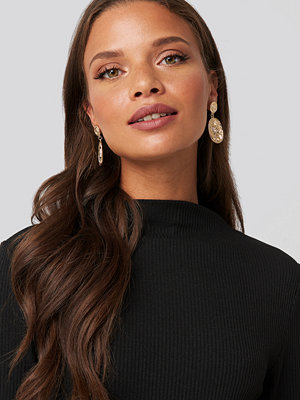 NA-KD Accessories smycke Flat Coin Drop Earrings guld