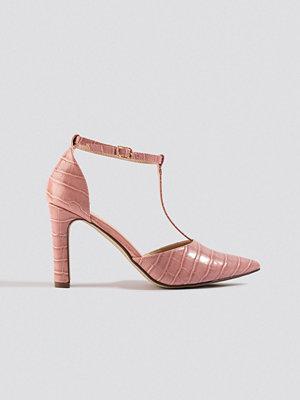 NA-KD Shoes Croco T Bar Pumps rosa