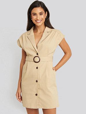 NA-KD Belted Lapel Denim Dress beige