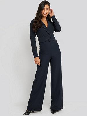Trendyol Waist Belted Jumpsuit blå