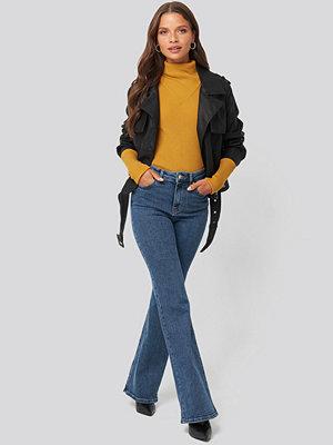 Trendyol High Waist Flare Jeans blå
