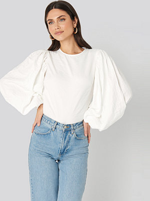 NA-KD Trend Puff Sleeve Round Neck Top vit