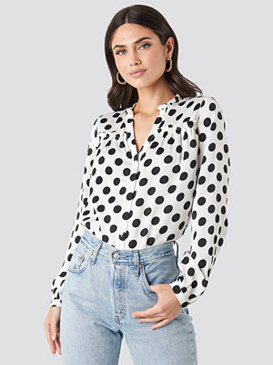 NA-KD Big Dots Long Sleeve Blouse vit