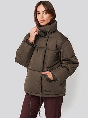 NA-KD Trend Padded Oversized Jacket brun