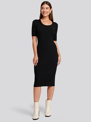 Mango Elliot Dress svart