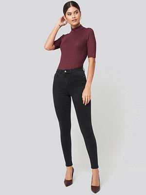 NA-KD High Waist Skinny Jeans svart grå