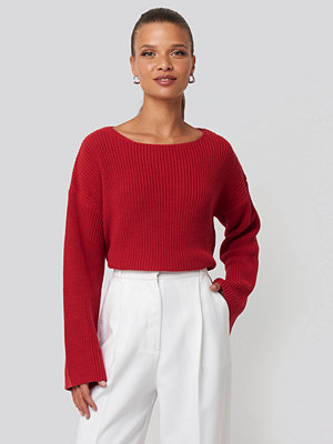 NA-KD Cropped Long Sleeve Knitted Sweater röd