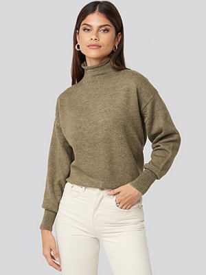 NA-KD Turtleneck Oversized Knitted Sweater brun