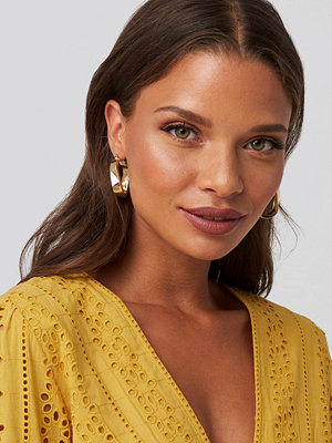 NA-KD Accessories smycke Wide Twisted Oval Hoops guld