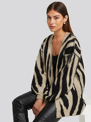 NA-KD Trend Zebra Printed Oversized Cardigan beige