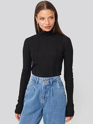 Mango Genovac Sweater svart