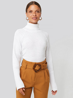 NA-KD High Neck Ribbed Sleeves Sweater vit