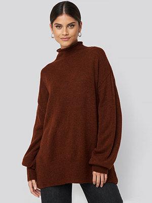 NA-KD Trend Turtleneck Oversized Knitted Sweater röd