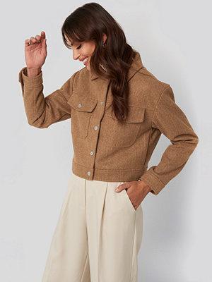 NA-KD Front Pocket Jacket beige