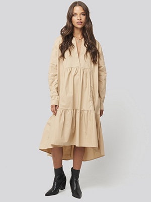 Sisters Point Ento Dress beige