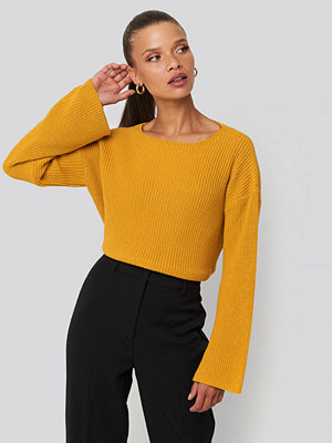 NA-KD Cropped Long Sleeve Knitted Sweater gul