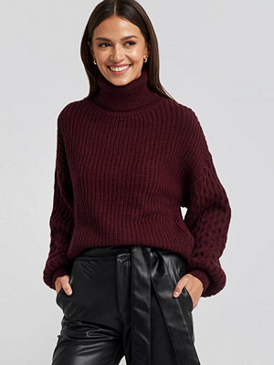 NA-KD Trend Sleeve Detailed Knitted Polo Sweater röd