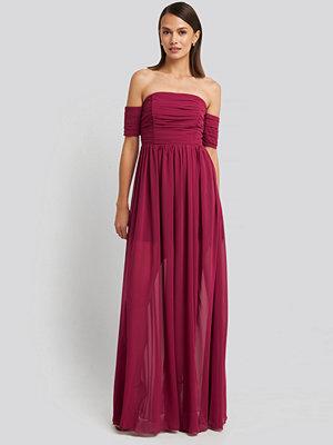Trendyol Strapless Evening Dress rosa