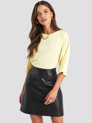 NA-KD PU Mini Skirt svart