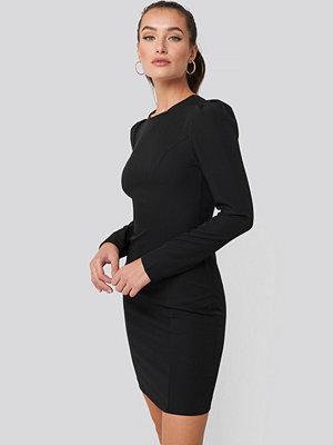 Trendyol Mini Puff Sleeve Dress svart