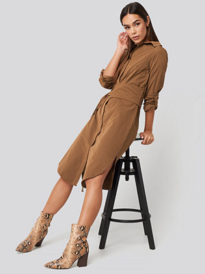 Trendyol Midi Belted Shirt Dress brun