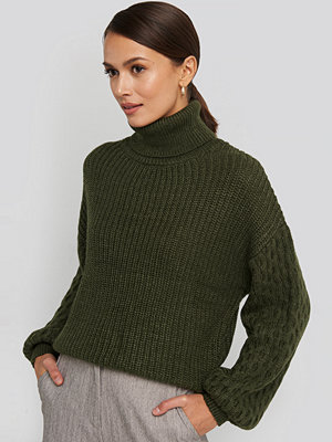 NA-KD Trend Sleeve Detailed Knitted Polo Sweater grön