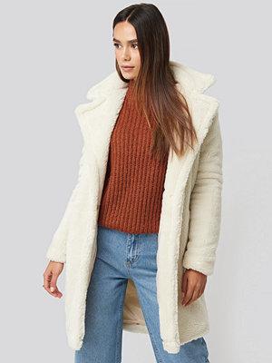 Trendyol Faux Fur Long Coat vit