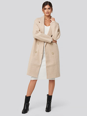 Adorable Caro x NA-KD Long Double Breasted Coat beige
