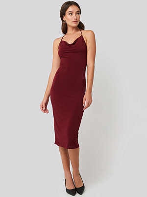 Trendyol Back Slit Midi Dress röd