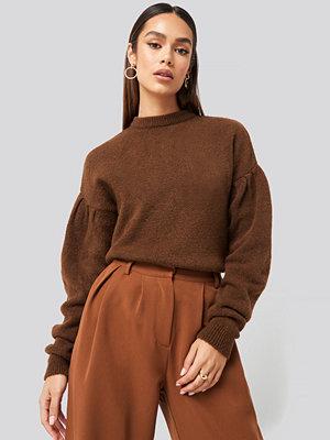 Hanna Weig x NA-KD Drop Shoulder Pullover brun