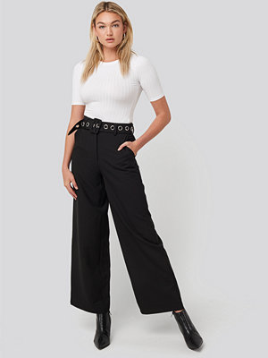 NA-KD Classic byxor Big Eyelet Wide Suit Pants svart