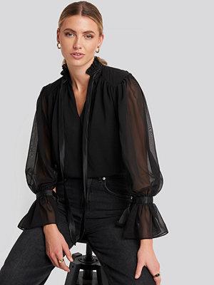 Trendyol Ribbon Detailed Blouse svart