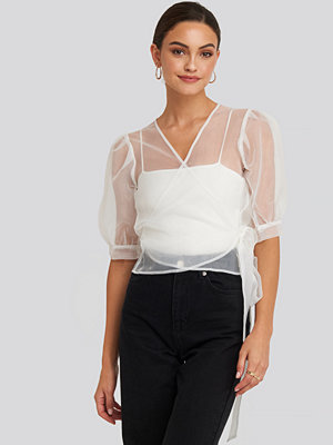 Toppar - NA-KD Party Overlap Organza Top vit
