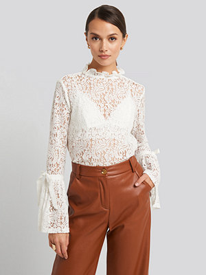 Toppar - NA-KD Boho Wide Sleeve Lace Top vit