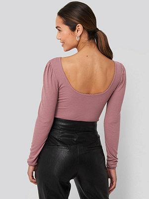 NA-KD Puff Sleeve Deep Back Top rosa
