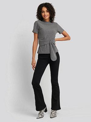 Jeans - Trendyol High Waist Flare Jeans svart