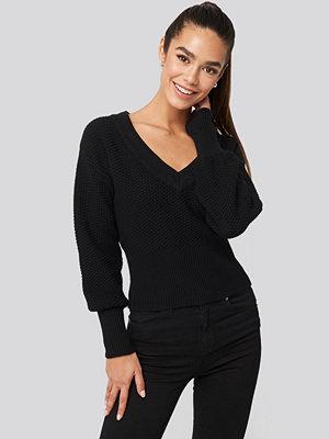 NA-KD Short Knitted Wide Rib Sweater svart