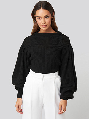 NA-KD Trend Ribbed High Neck Ballon Sleeve Knitted Sweater svart
